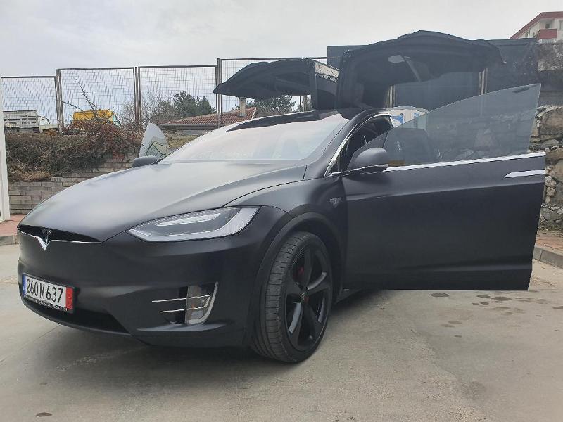 Tesla Model X 90D Long Range
