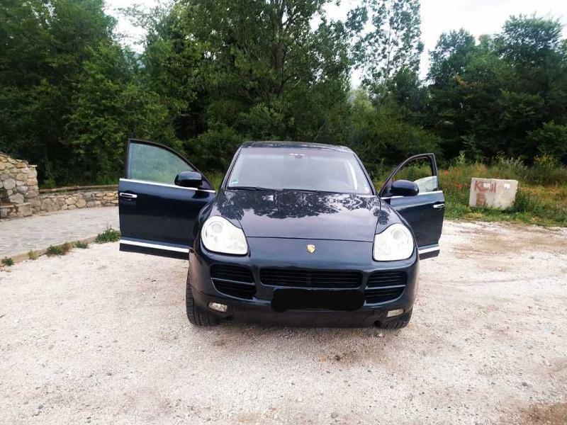 Porsche Cayenne 4.5 V8
