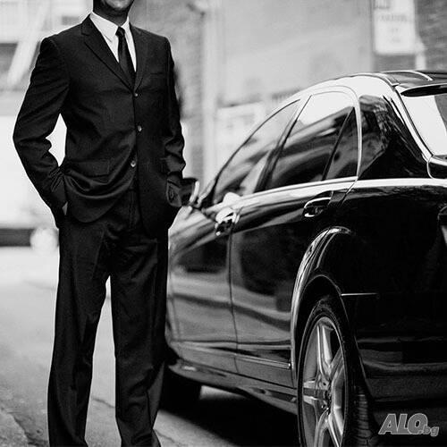 Персонален Шофьор с личен автомобил Private driver with a luxury car
