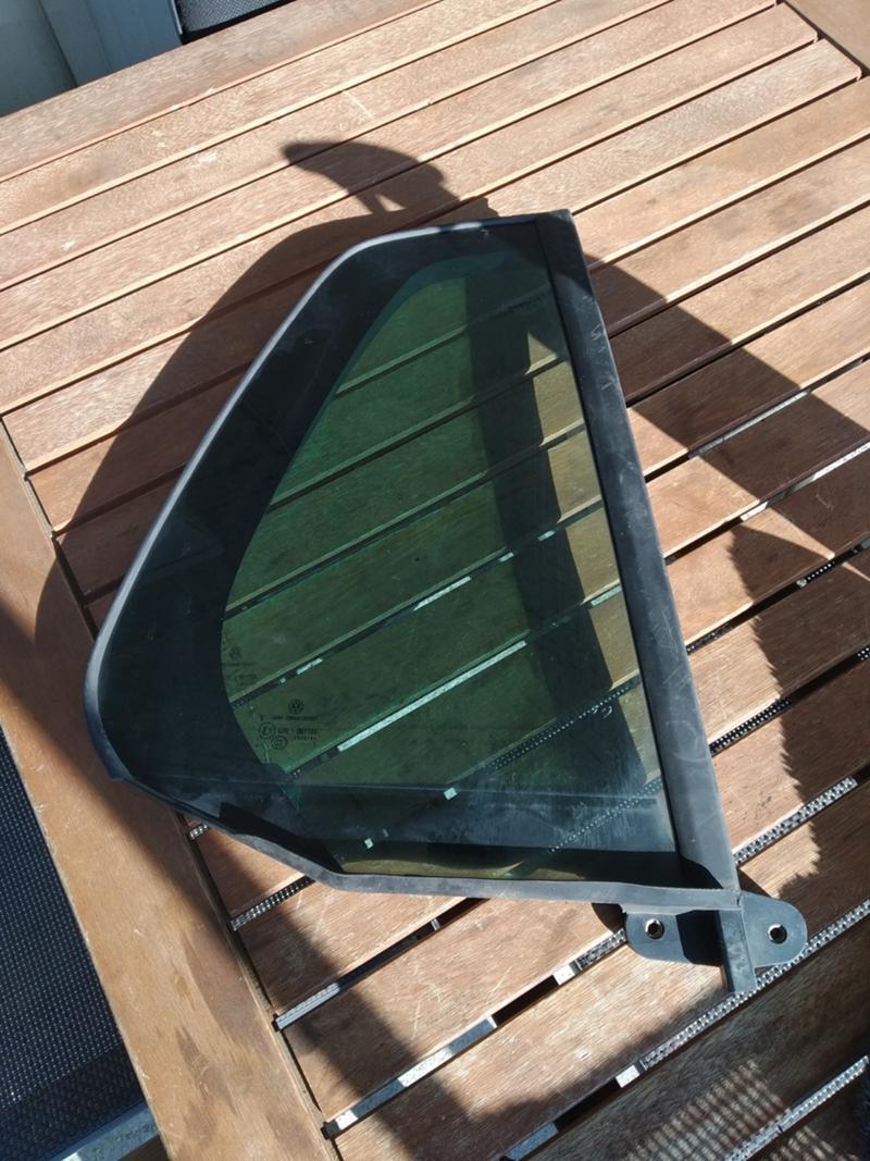 Задно дясно стъкло за врата Голф 7