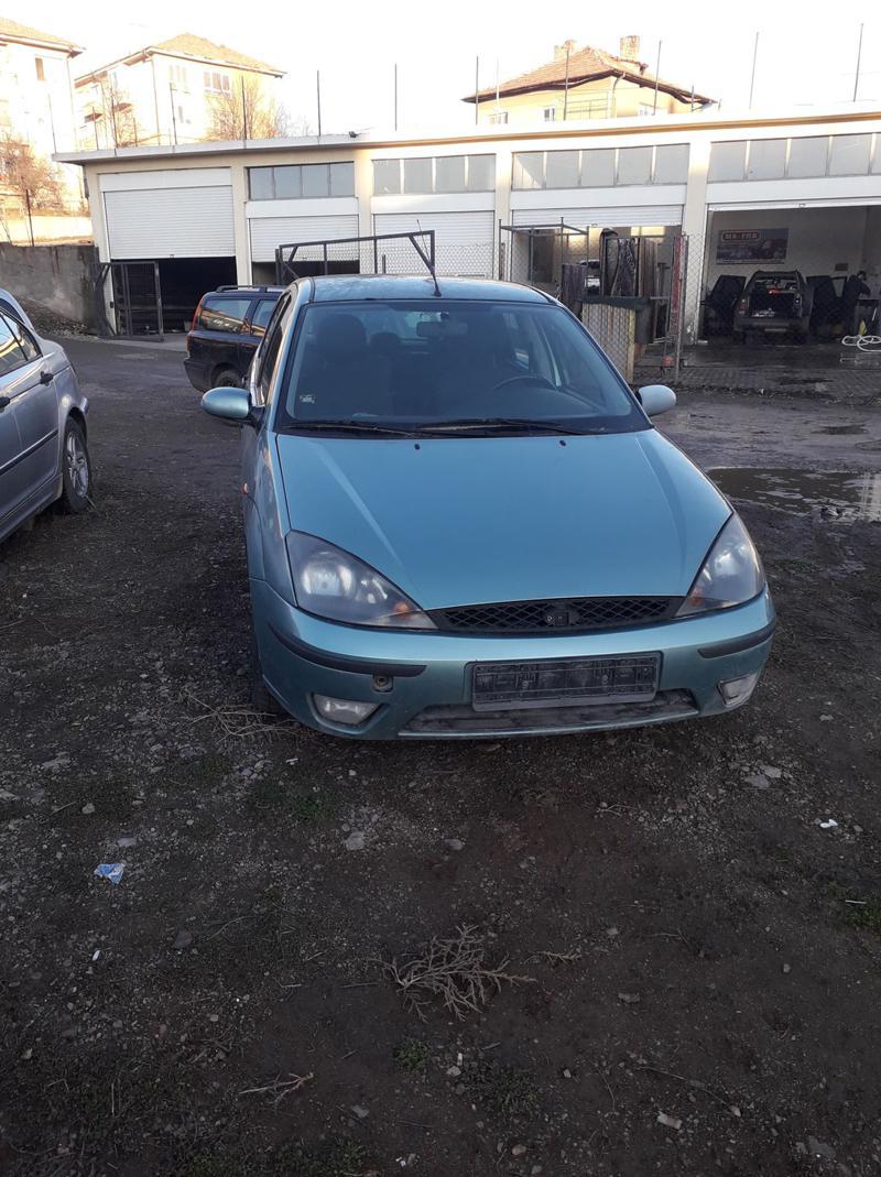 Ford Focus 2000 benzin