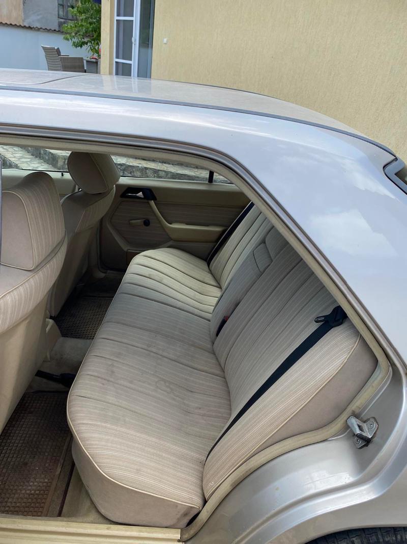 Mercedes-Benz 230, снимка 9