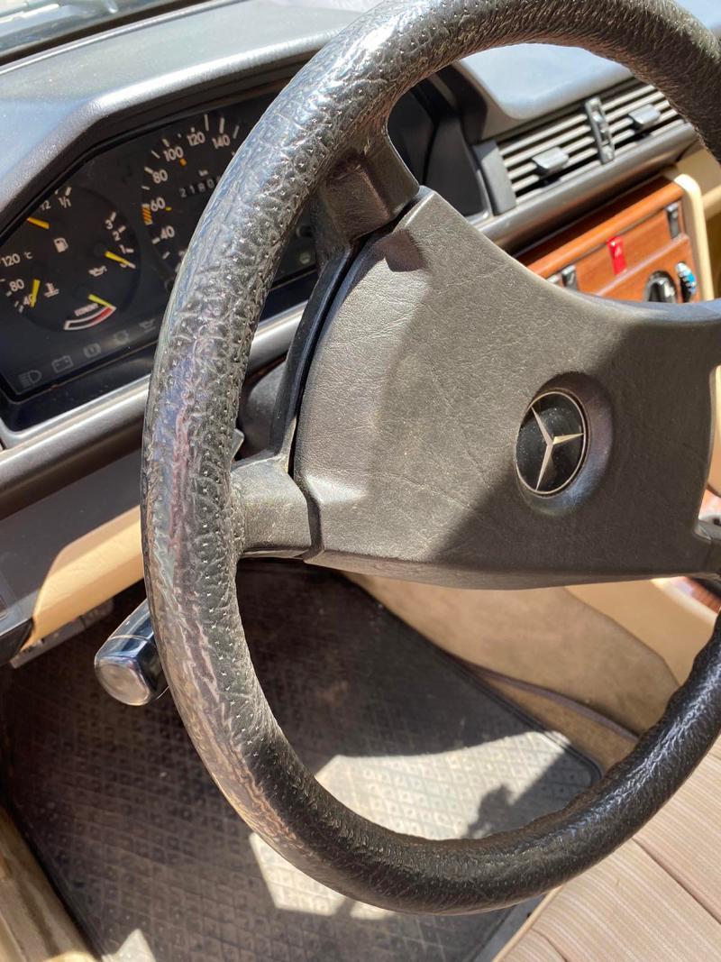 Mercedes-Benz 230, снимка 8