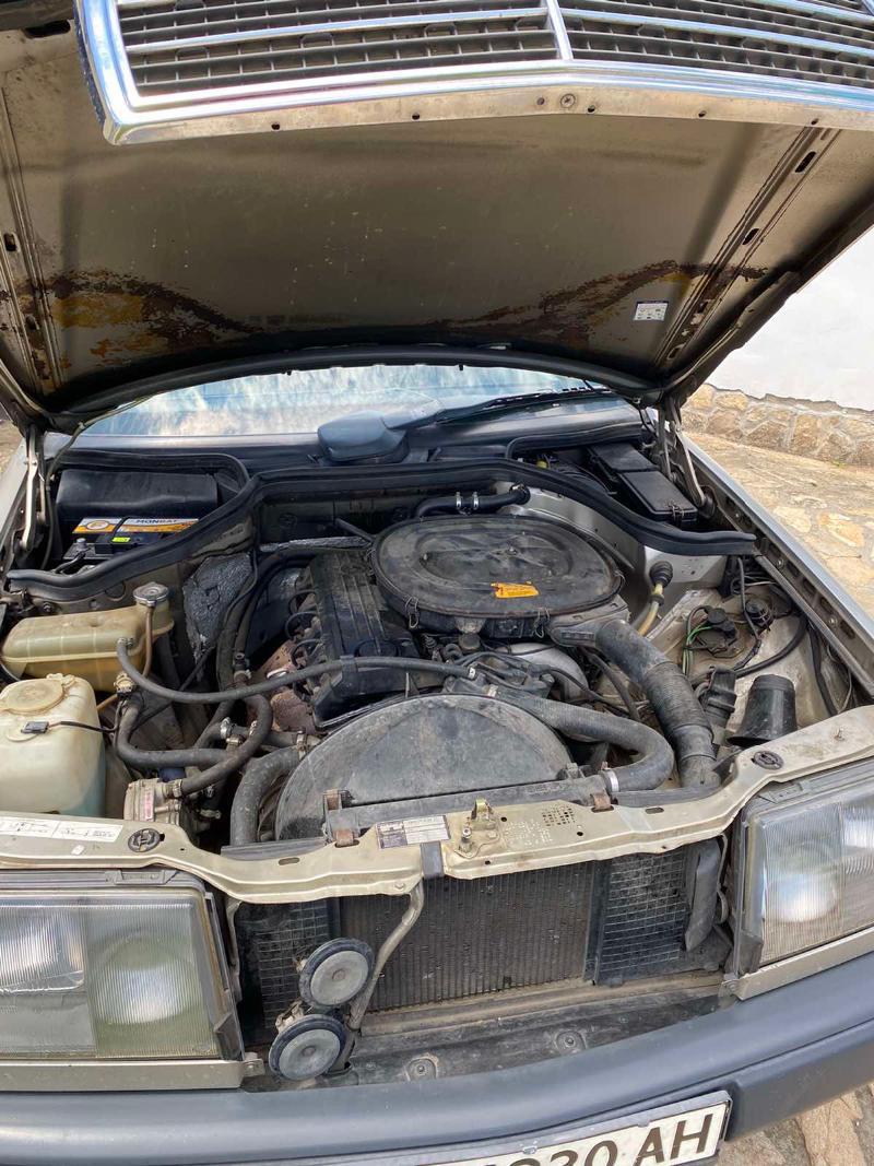 Mercedes-Benz 230, снимка 11