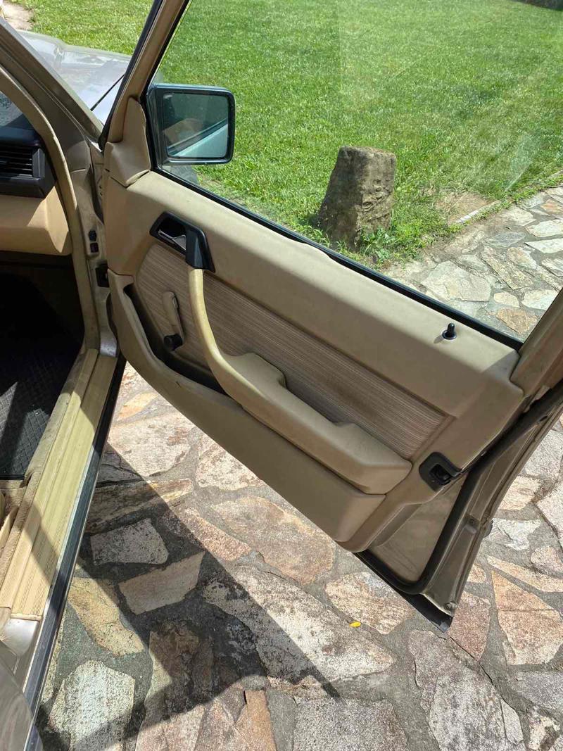 Mercedes-Benz 230, снимка 10